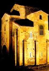 San Miguel de Lillo (siglo IX)