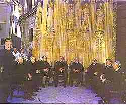 Los miembros del Tribunal no poseen formación jurídica, pero conocen perfectamente las ordenanzas que regulan el sistema de riego de la huerta, desde hace siglos.