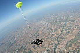 empuribrava salto en paracaidas