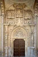 fachada monasterio la Rioja
