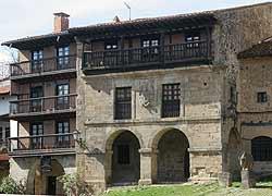 Santillana medieval