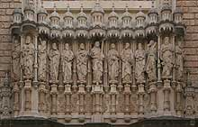 fachada monasterio de montserrat