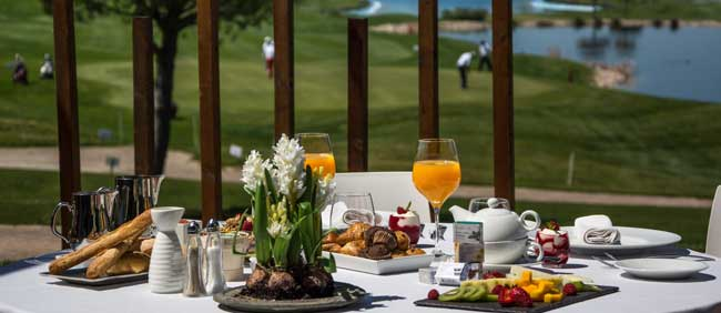 Brunch-at-Casino-Club-de-Golf-Suites-Retamares