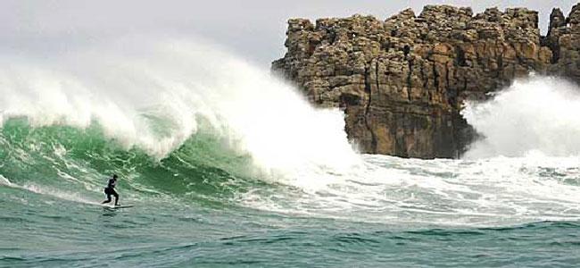 surf-en-las-playas-de-cantabria