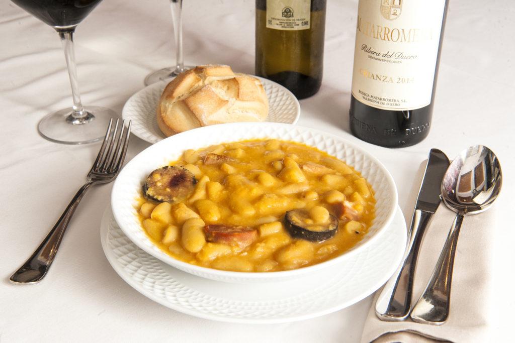 Cocina tradicional asturiana. La fabada