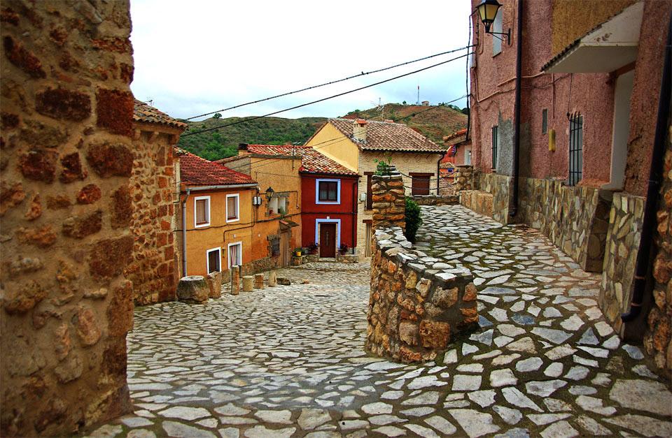 Anento, uno de los pueblos más bonitos de España, en La Rioja