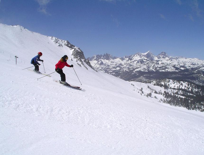 Esquiar en EEUU. Estación de esquí. Mammoth Mountain.